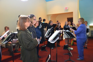 Donna Eichorn directs the choir.